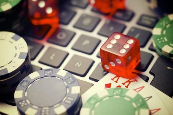 Online jelaspoker Game Room